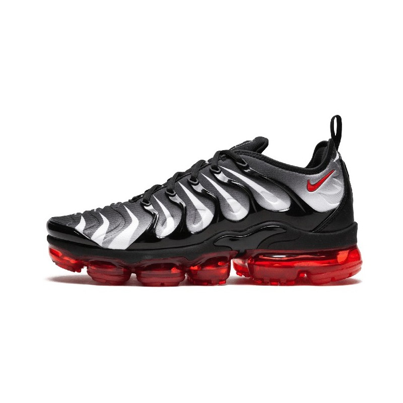 air vapormax plus noir rouge